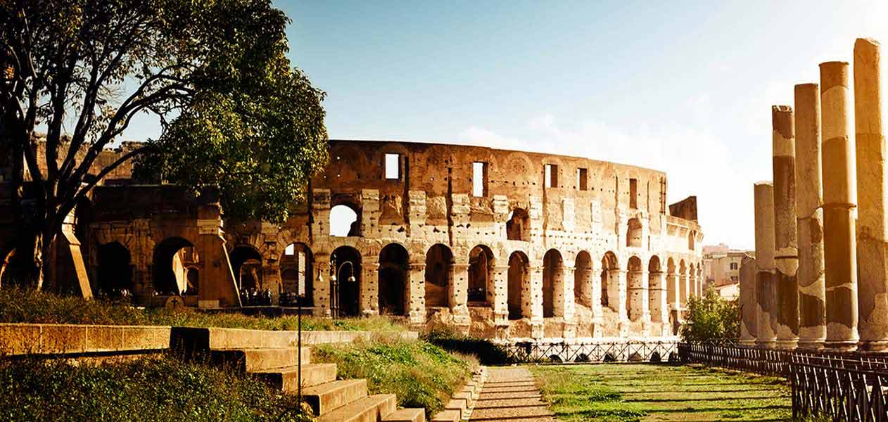 The Colosseum: another great destination of our tours in Rome
