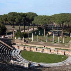 A view of Ostia Antica's theatre during the itertours ostia antica tour. Discover the ancient port of Rome during its full glory, understand the thriving commerce of an imperial city