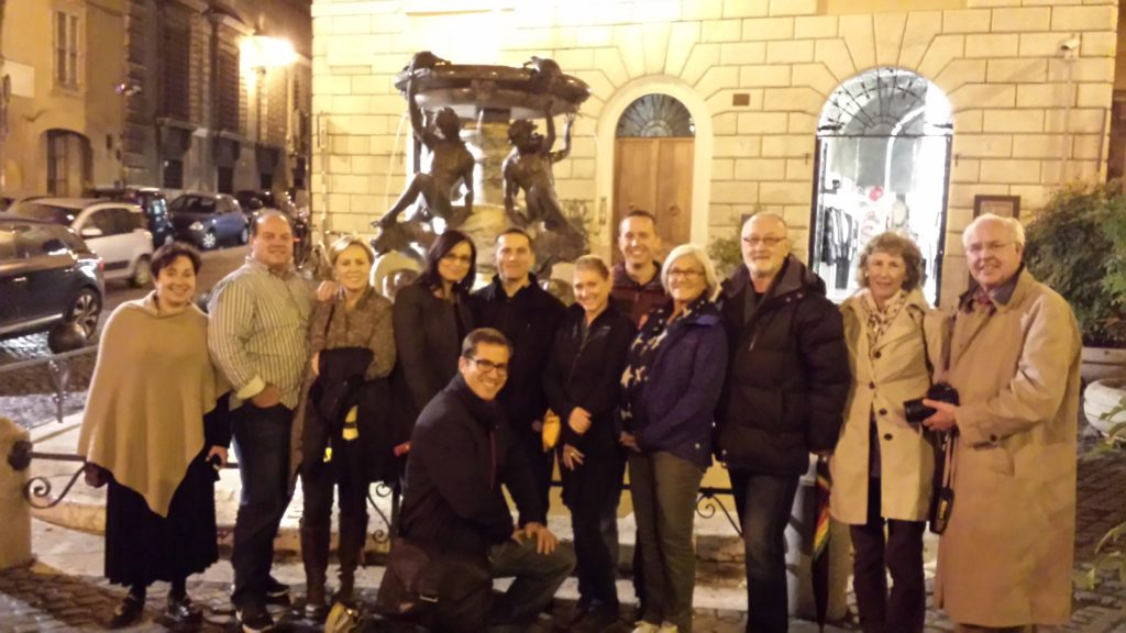 Group picture Dusk walking tour of Rome