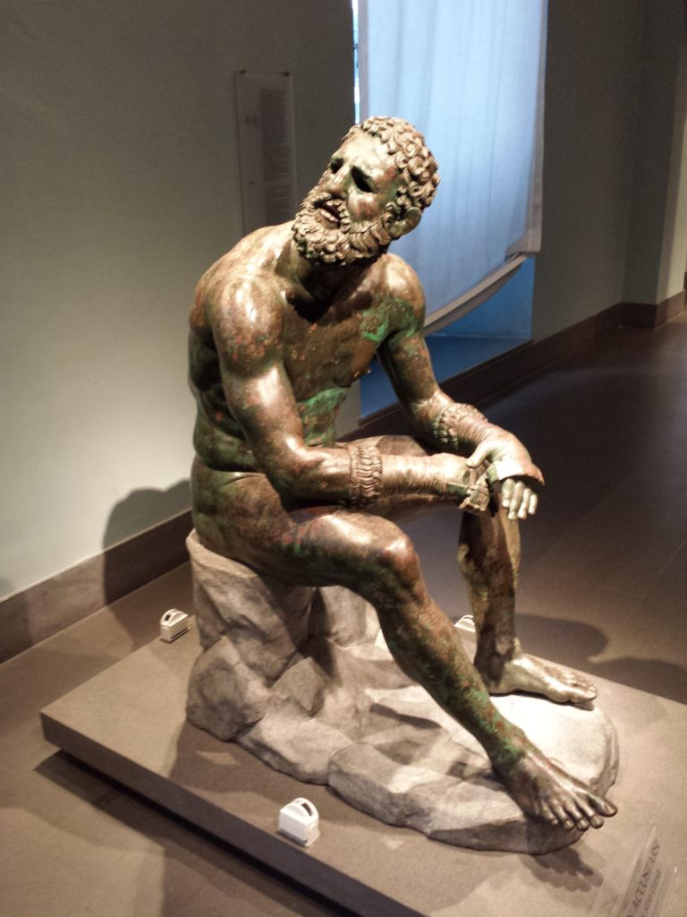 Statue of the boxuer at Palazzo Massimo in Rome